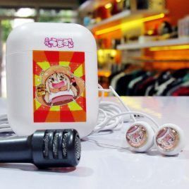 Earphone Mic With Case Umaru Chan